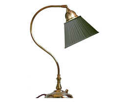 Bordslampa Lagerlöf - mässing / grön tyggskärm