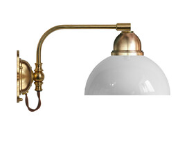 Vägglampa Gripenberg - mässing / vit glasskärm