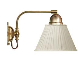 Vägglampa Gripenberg - mässing / beige tygskärm